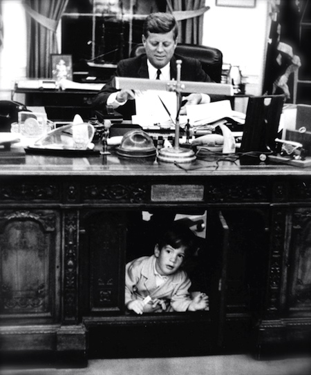 jfk-presidential-desk
